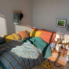 Teen Room Decor Ideas - Home decor interests Teen Room Decor, Bedroom Decor, Aesthetic Room Decor, Pretty Room, Cozy Room, Bedroom Vintage, Bedroom Modern, Modern Room, Victorian Bedroom