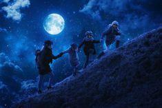 "The hike by night - If you like my photos, like me on facebook: <a href=""http://www.facebook.com/johnwilhelmisaphotoholic"">[click]</a>"