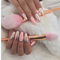GLAM THE RUNWAY Custom for my boo @alisa808  Using @daily_charme chrome #girlygirl#snatched#slayed#fierce#wakeupandmakeup#beauty#glam#classy#sassy#custom#lanailartist#hudabeauty#makeupjunkie#vegas_nay#fashion#fakeupfix#fashionclimax#bossnails