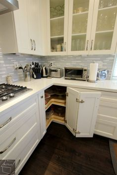 Corner Kitchen cabinet, Luxury Kitchen Remodel with Custom Cabinets