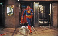 Superman-The Movie Gallery — The Helicopter Rescue First Superman, Superman Comic, Action Comics 1, Dc Comics Art, Superman Actors, New York City, Christopher Reeve Superman, Movie Scripts, Dc Movies