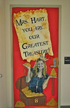 Another classroom door design idea for teacher appreciation.