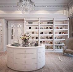 New luxury closet designs dressing rooms ideas Best Home Interior Design, Dream Home Design, Luxury Homes Interior, Luxury Home Decor, Interior Decorating, Decorating Ideas, Walk In Closet Design, Closet Designs, Master Closet Design