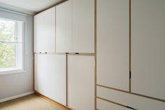 Bespoke plywood furniture Plywood Bookcase, Oak Plywood, Plywood Furniture, Furniture Design, Diy Furniture, Plywood Kitchen, Plywood Cabinets, Wall Cupboards, Interior Design Living Room Warm