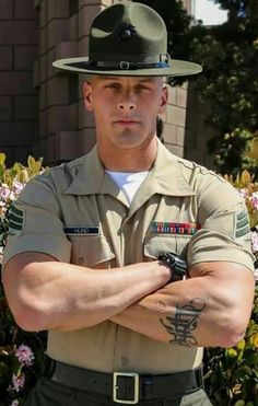 The Three Hottest Men: Cops, Firemen, And Military Sexy Military Men, Army Men, Army Guys, Hot Cops, Cop Uniform, Men In Uniform, Muscular Men, Raining Men, Attractive Men