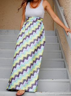 Easy Free Tank Top Dress Pattern & Tutorial. Mom, Sonya..... Any takers to make for me since I don't sew???