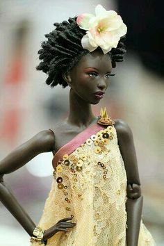 Gold top/dress and hair flower • Dolls