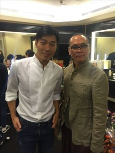 Ngan Luen Mo with Andy Hoi backstage at Diva Deanie concert