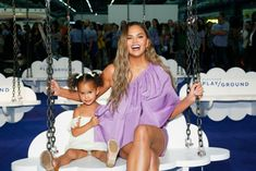 Chrissy Teigen and her daughter, Luna Stephens, had fun times at the POPSUGAR Play/Ground event this past weekend. Ayesha Curry, Gabrielle Union, Blue Ivy, Kelly Rowland, Teyana Taylor, Jay Z, Cardi B, Michelle Obama, Khloe Kardashian