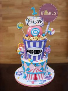 carnival cake for keren Carnival Birthday Cakes, Circus Theme Cakes, Carnival Cakes, Carnival Themed Party, Circus Birthday, Birthday Cake Girls, 2nd Birthday Parties, Themed Cakes, Birthday Ideas