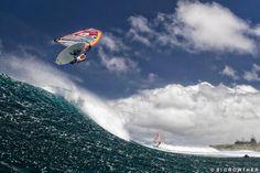 Kevin Pritchard air from Ho'okipa wave