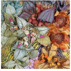 textile embroidery by Heather Lipscombe