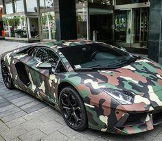 Camo Aventador