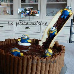 Quand les Minions tombent dans une piscine de chocolat !!
