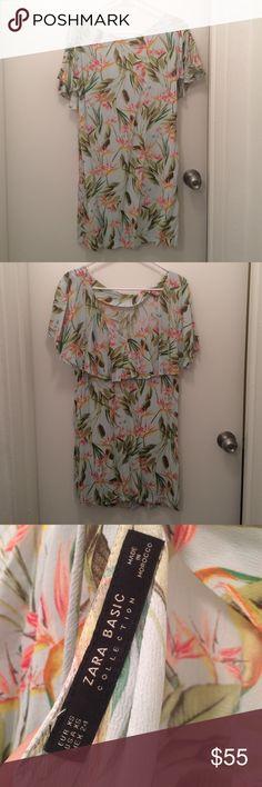 Zara Flora Printed Dress Size: xs; worn once! V-neck in the back with tie. Zara Dresses Midi