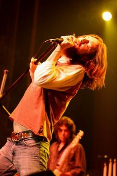 The Black Crowes Photos Pictures - The Black Crowes 5 Chris Robinson - Atlanta, GA 5/7/05 large | Rolling Stone