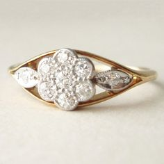 Antique Art Deco Flower & Leaves Diamond 18k Gold by luxedeluxe