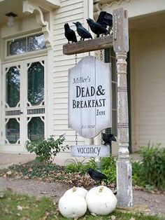 20 easy and cheap diy outdoor halloween decoration ideas diy