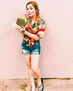 Beach trips allow you to dress like a crazy tourist and sip on super yummy pineapple smoothies!
