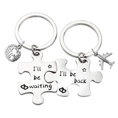 "Best Holiday Gift Ideas for Long Distance Boyfriend Couple Matching Puzzle Keychain Set. Reads ""I will be back. I will be waiting"". Unique Gifts For Boyfriend, Bf Gifts, Best Friend Gifts, Boyfriend Gifts, Gifts For Friends, Diy Relationship Gifts, Long Distance Relationship Gifts, Long Distance Gifts, Relationship Questions"