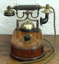 Ericsson telephone 1893. Where are the buttons??