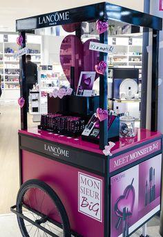 kiosk for event \ event kiosk . kiosk for event Market Stall Display, Pos Display, Counter Display, Display Design, Kiosk Design, Retail Design, Cosmetic Display, Cosmetic Shop, Homecoming Makeup