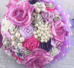 Brooch Bouquet Jeweled Bouquet Bridal Bouquet in Lilac, Plum and Light grey