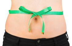 """PÓS-PARTO - Como perder a barriga após a gravidez - Você se sente incomodada com a """"barriguinha"""" provocada pela gravidez e quer logo perder gordura? Calma, que tem jeito! Vem conferir: #pós-parto #parto #gravidez #saúde"""