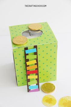 Your kids are sure to catch that pesky Leprechaun with these fun and easy Leprechaun Trap Printables. With rainbow, green, and lucky gold coins, the leprechaun is sure to make a stop at your house. Craft Activities For Kids, Preschool Crafts, Projects For Kids, Diy For Kids, School Projects, Kids Crafts, Craft Ideas, St Patricks Day Crafts For Kids, St Patrick's Day Crafts