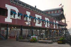 Pier 17, gewoon bezoeken, lekker lunchen, wandelen en shoppen (bij South Street Seaport).