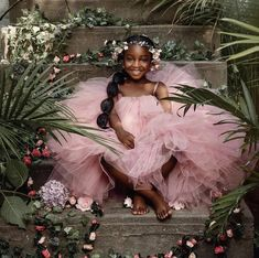 Pretty in pink! Cute Black Babies, Black Baby Girls, Beautiful Black Babies, Cute Baby Girl, Black Kids, Beautiful Children, Glam Photoshoot, Photoshoot Themes, Mommy Daughter Photography