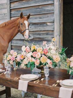 floral design by http://www.fern-studio.com/