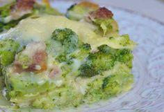 Lasagnes au brocoli et au jambon WW, recette des lasagnes légères, facile à préparer avec du brocoli, du jambon et une onctueuse sauce béchamel légère.