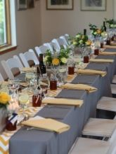 This website has recycled wedding items for the Perfect Day at a good price! Check it out!