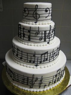 Gorgeous cake at a music themed wedding party! Music Wedding Cakes, Music Themed Cakes, Music Cakes, Themed Wedding Cakes, Piano Wedding, Theme Cakes, Pretty Cakes, Cute Cakes, Beautiful Cakes