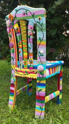 Yarn Bomb Chair with Granny Squares for Rustic Home Design - Home & Garden: Inspiring Interior, Outdoor and DIY Ideas Crochet Furniture, Funky Chairs, Funky Painted Furniture, Soft Flooring, Rustic Home Design, Yarn Bombing, Furniture Covers, Crochet Home, Bernard Shaw