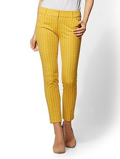 Shop . Find your perfect size online at the best price at New York & Company. Yellow pants, white top