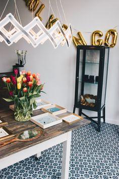 Das Atelier Wolkengold ist ein kleines Schmucklabel aus #Leipzig . #Leipzigtipps #Leipzigtrip Bar Cart, Furniture, Home Decor, Atelier, Leipzig, Clouds, Homemade Home Decor, Bar Carts, Home Furnishings