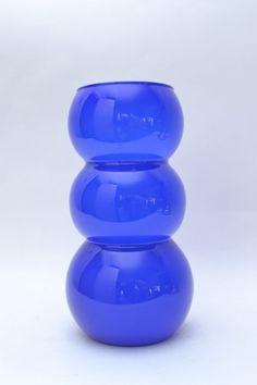 Striking Cobalt Blue ,Large Mid Century Vintage Cased Glass Bulbous Waisted Vase | eBay