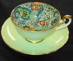 SHELLEY GREEN PAISLEY CHINTZ LINCOLN TEA CUP AND SAUCER