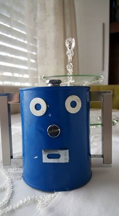 Robot from food box
