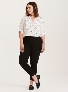 Awesome Plus Size Fashion For Women. Plans In Plus Size Fashion - What's Needed - Dress Horse Business Casual Outfits For Women, Casual Work Outfits, Work Attire, Work Casual, Summer Work Outfits Plus Size, Plus Size Business Attire, Chic Outfits, Preppy Business Casual, Office Outfits Women Casual