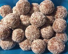 Almás kókuszgolyó, nem a megszokott alapanyagokból készül, de nagyon finom! Dog Food Recipes, Muffin, Paleo, Low Carb, Gluten Free, Sweets, Cereal, Diet, Snacks