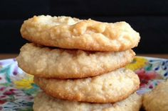 Gluten-free almond cookies Makes 3 dozen cookies  This is a basic, basic gluten-free cookie recipe made with almond meal. If you want to get...