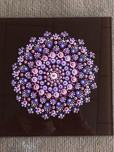 Dot Art Painting, Mandala Painting, Pebble Painting, Stone Painting, Mandala Painted Rocks, Mandala Rocks, Mandala Pattern, Mandala Design, Mandala Art Lesson