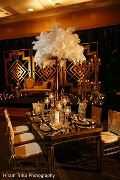 Gatsby themed wedding reception. http://www.maharaniweddings.com/gallery/photo/91144 @kiwedding @prashe/prashe-decor