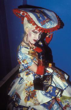 New Romantic girl > 1980s Vintage street Style fashion photography. Blitz Kids / Club Kids / Taboo / London