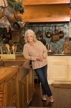 Love the colors in this house'. Paula Deen in her Kitchen in Savannah. Home is for sale! This copper range hood is fabulous! Celebrity Kitchens, Celebrity Houses, Food Network Star, Food Network Recipes, Paula Deen, Wilmington Island, Riverside House, Backyard Water Feature, Fancy Houses
