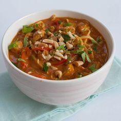 Deze pinda curry is heerlijk nu het kouder word. Nu online op de site. Link in de bio. #lllk #eten #curry #recepten #koken #lekker #warm #pinda #food #foodstagram #instafood #foodie #cooking #recipe #peanut #foodblogger #dutchfoodblogger #dutchfoodie