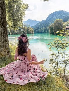 A Bavarian Road Trip - Hello Miss Jordan - Fussen Lovely Girl Image, Cute Girl Photo, Girls Image, Pelo Color Gris, Mode Kawaii, Princess Aesthetic, Stylish Girl Pic, Girl Photography Poses, Girly Girl
